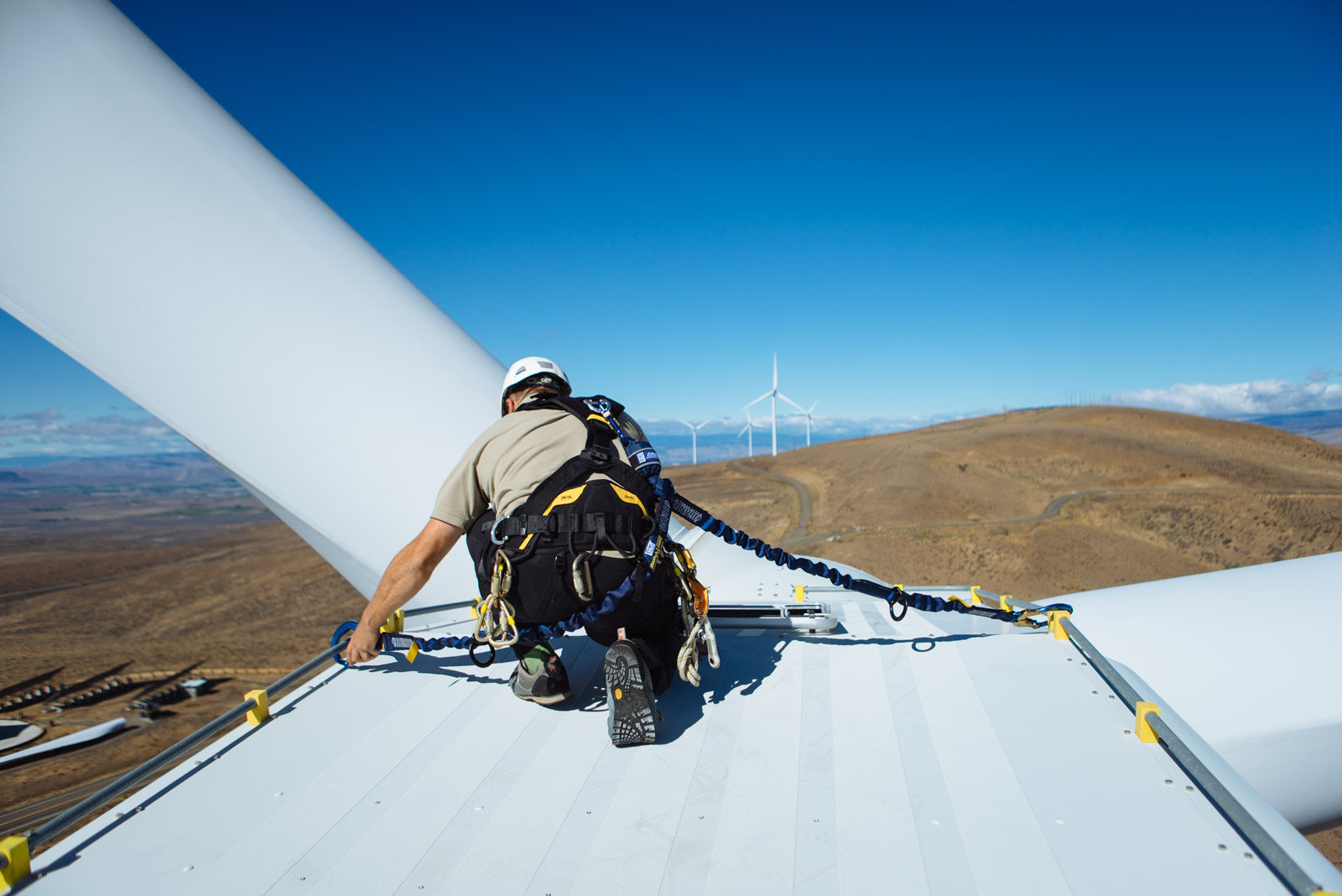 COMPETENT WIND TURBINE CLIMBER AND RESCUE REFRESHER